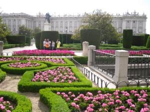 Oriente gardens
