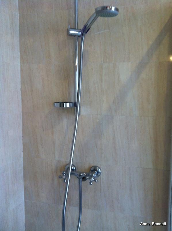 Shower, Hotel Adriano, Seville