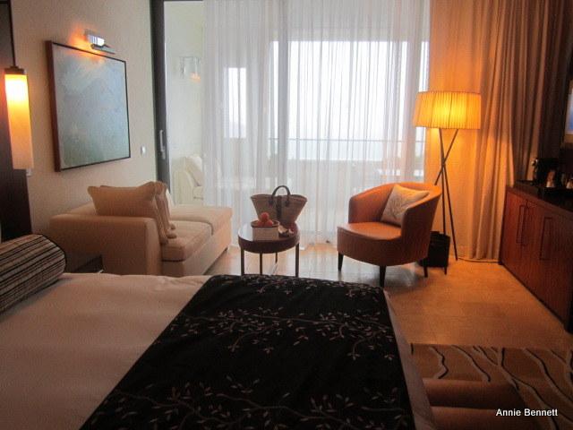Room 2000