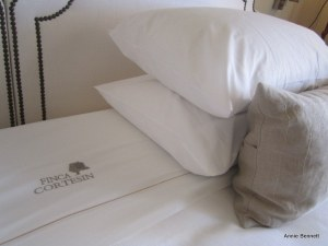Cortesin bed