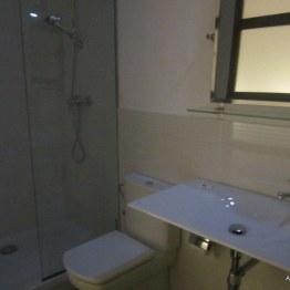 Bemejo bathroom