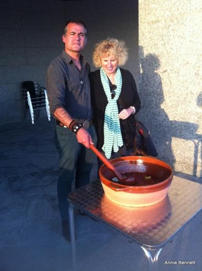Suso Martinez making queimada