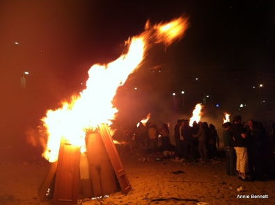 Bonfire on Riazor beach