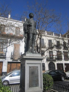 Don Juan statue in Plaza de Refinadores
